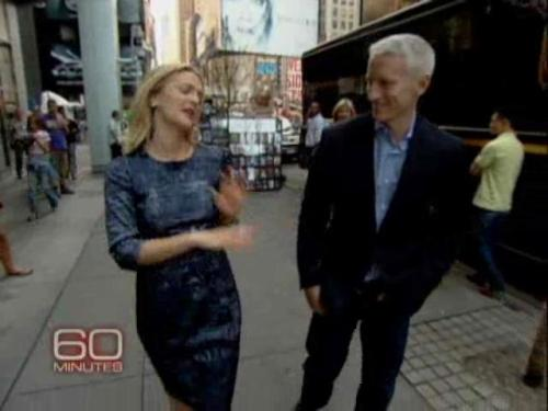 Anderson Cooper and Drew Barrymore on the streets of NYC